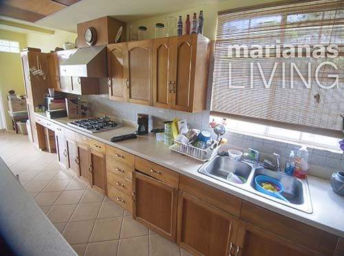 3453—5 Bed 4 Bath with Pool Executive Home in Papago — Saipan009