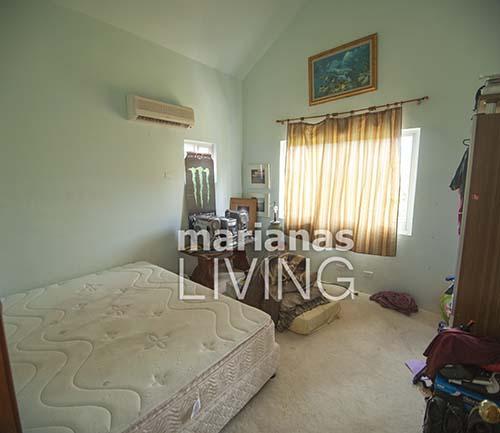 3453—5 Bed 4 Bath with Pool Executive Home in Papago — Saipan012