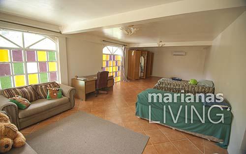 3453—5 Bed 4 Bath with Pool Executive Home in Papago — Saipan015