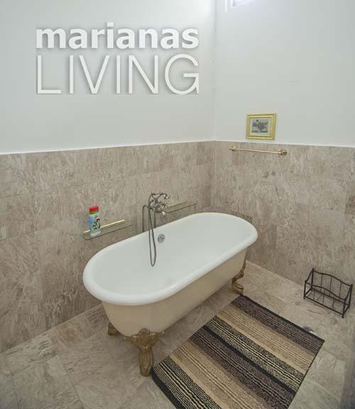 3453—5 Bed 4 Bath with Pool Executive Home in Papago — Saipan017